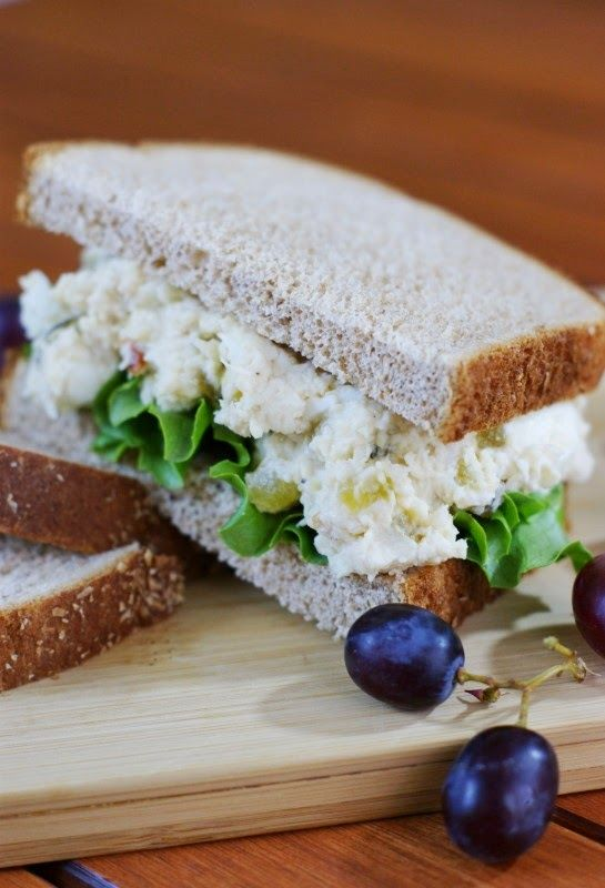 Traditional Southern Chicken Salad ... creamy & comforting.   www.thekitchenismyplayground.com