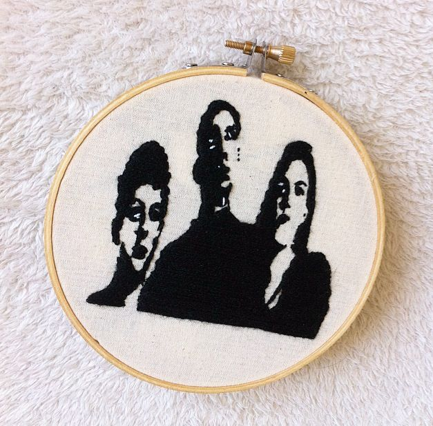 The xx embroidery hoop art  Available on my Etsy shop ❤️ : www.etsy.com/shop/petricorembroidery