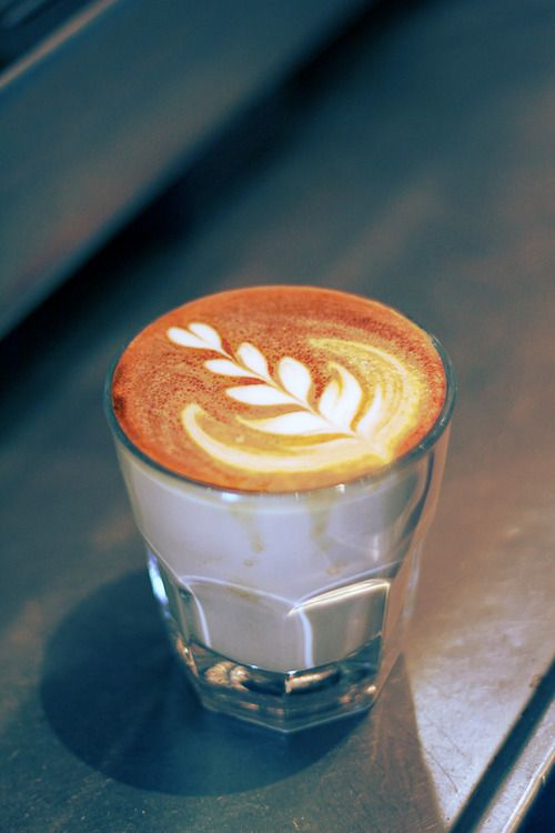 Latte Art, Coffee Beans, Cafés Coffeee Barista, Drinks Coffee, Coffee Breaking, Coffee Club, Coffee Art, Coffeee Teas, Coffee Cafes