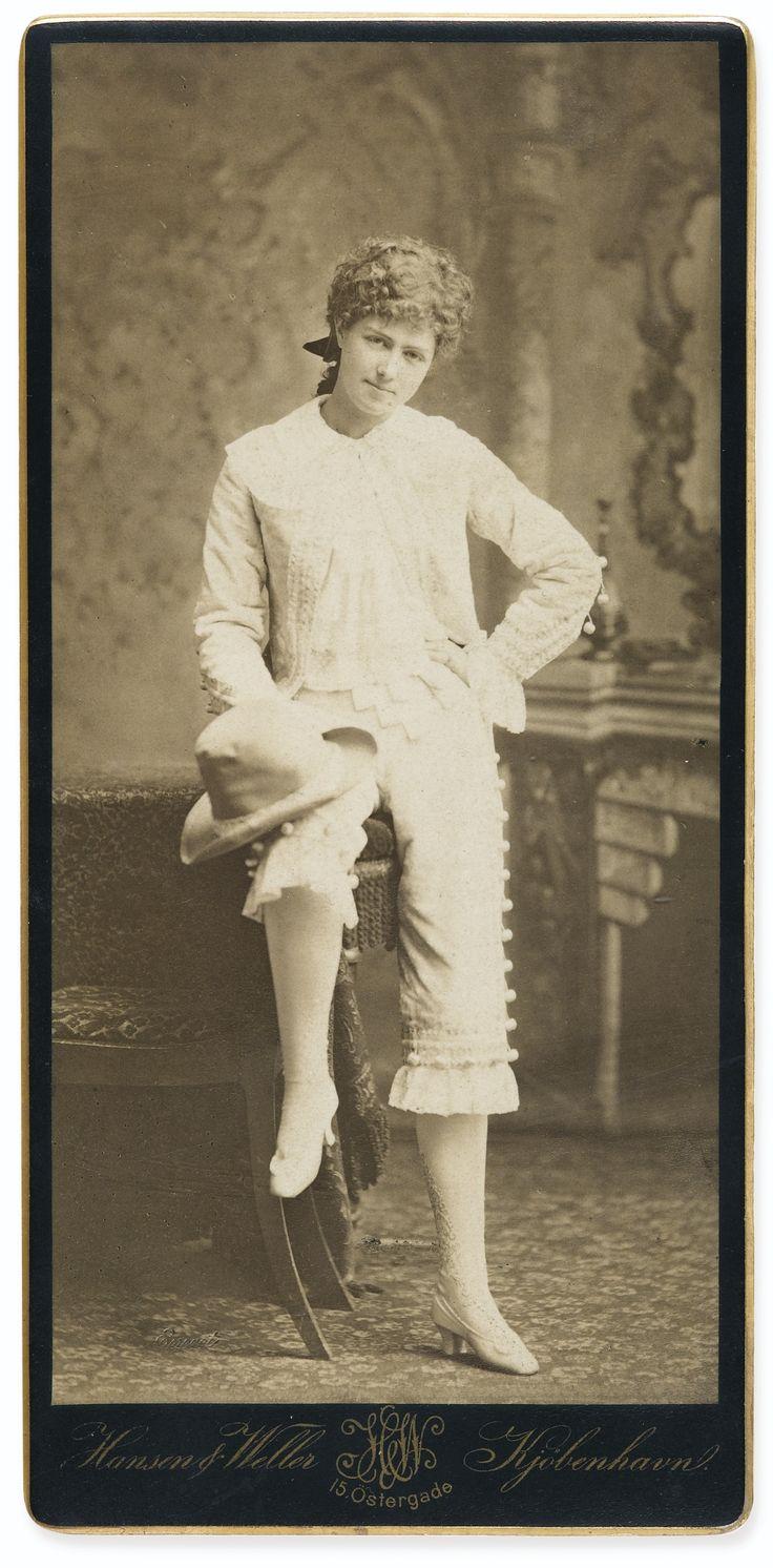 Idea para Miss Sacripant. Foto de Marie Van Zandt, dedicada a Adrien Proust.