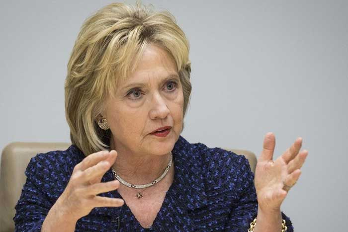 The FBI is ready to indict Hillary Clinton and if its recommendation isn't followed by the U.S. attorney general, the agency's investigators plan to blow the whistle and go public with their findings, former U.S. House Majority Leader Tom DeLay tells Newsmax TV.  Read more: http://www.thepoliticalinsider.com/breaking-fbi-is-ready-to-indict-hillary-rodham-clinton/#ixzz4ARWZEk81