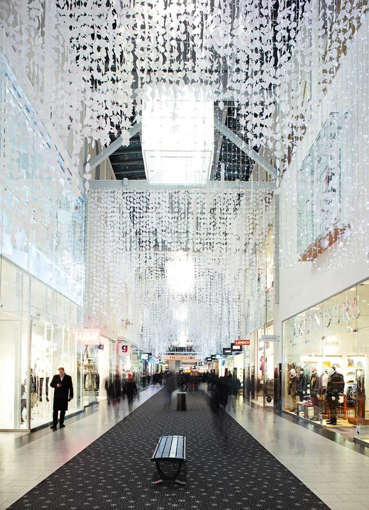 Kista galleria  winterdeco/ CATARINA LARSSON design and production