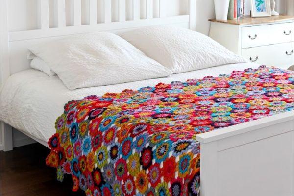 xale ou peseira de crochê para cama de casal