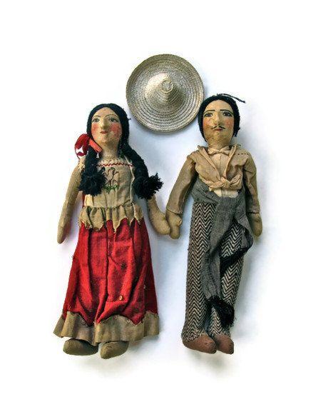 Vintage Mexican or Hispanic Folk Art Dolls par SwampPink sur Etsy