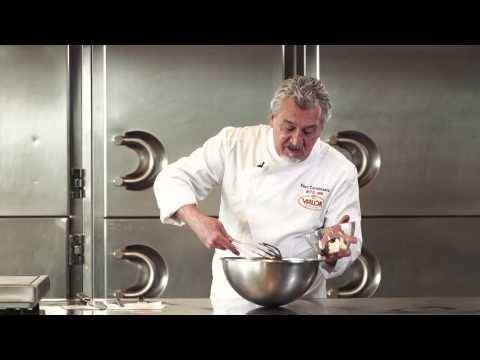 Bizcocho coulant de caramelo por Paco Torreblanca y Chocolates Valor