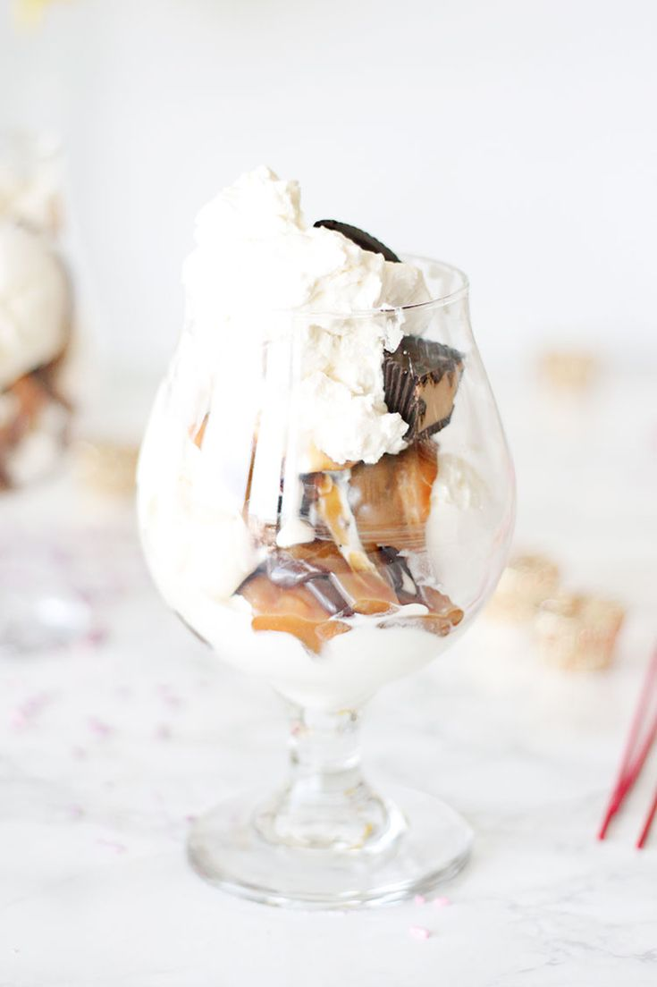 On Turning Thirty and Epic Peanut Butter Cup Sundaes ...
