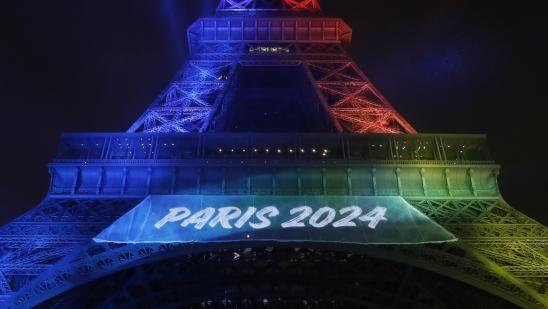 """Combien cela va-t-il coûter ? Alors que la ville de Paris est désormais seule candidate pour l'organisation des Jeux olympiques en 2024, la question du budget se pose. Le journaliste Jean-Christophe Batteria apporte des précisions éléments quant aux dépenses prévisionnelles : """"6,6 milliards d'euros, c'est le budget que Paris a présenté au Comité international olympique. C'est beaucoup moins ce qu'ont dépensé, par exemple Pékin en 2008 (32 milliards d'euros) ou Londres..."""