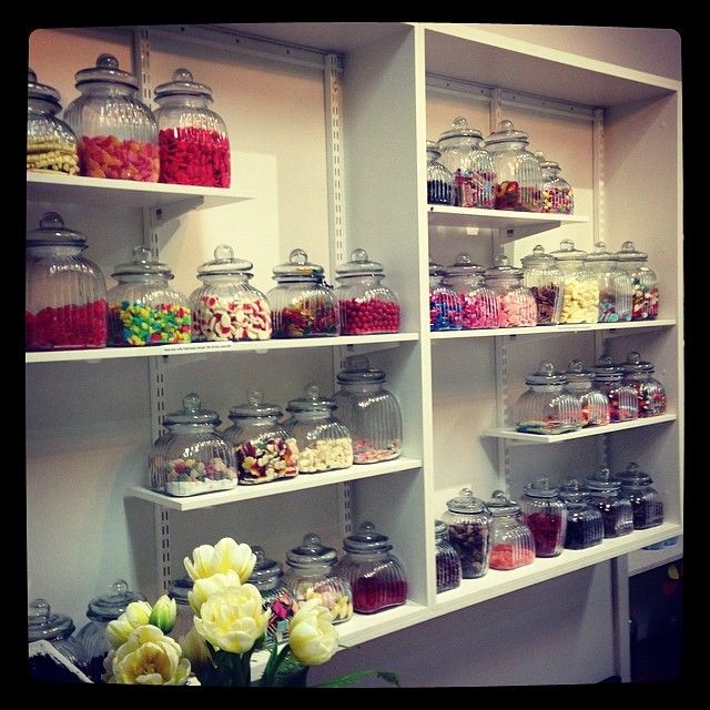 Old Fashion Candy Store.. Lolly Jars.. Tulips