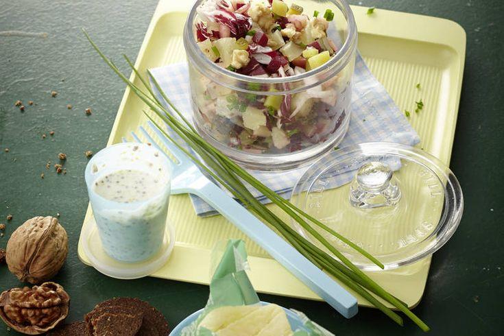 Das Rezept für Pumpernickel-Salat mit roter Beete und Harzer Käse mit allen…