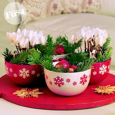 Christmas bowl bouquets