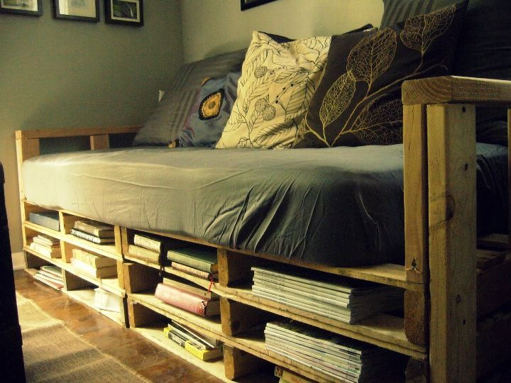 Merrill + her list making life.: pallet couch
