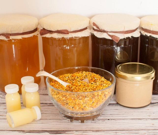 Méhpempő és mézből készült finomságok | Forrás: 123rf.com - PROAKTIVdirekt Életmód magazin és hírek - proaktivdirekt.com