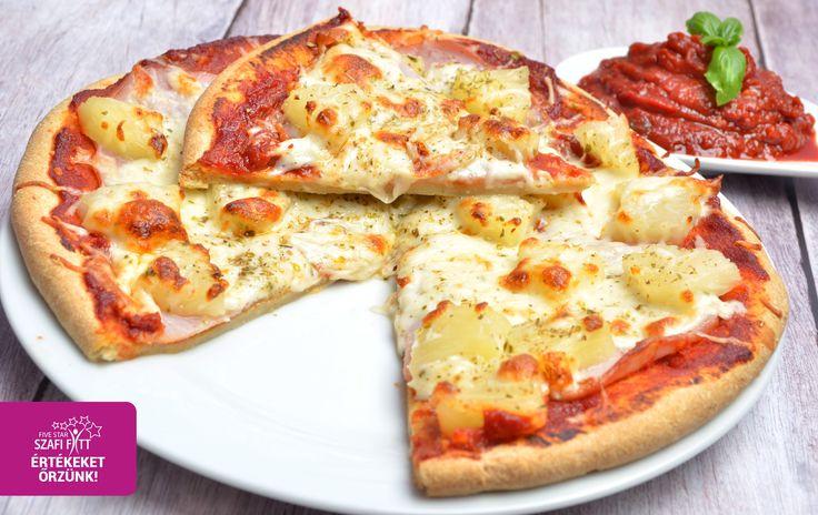 Puha, laza szerkezetű, könnyű tésztájú, élesztőmentes, gluténmentes pizza -58% csökkentett szénhidráttartalmú gluténmentes pizza* Hozzávalók (1 db 24 cm-es pizzához): 100 g SzafiReform kenyér és péksütemény lisztkeverék (Szafi Reform kenyér és péksütemény lisztkeveré