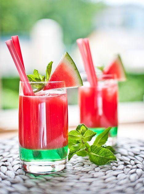 Ledově vychlazený meloun, vodka a svěží mátový sirup tvoří perfektní letní drink; Greta Blumajerová