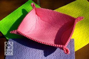 Cestini di spugna colorati per uova di Pasqua: la base del cestino
