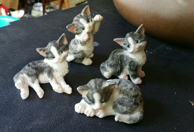 "4 Set Grey White Figurine Kittens Cats ""Kitten Sitting"" | eBay"