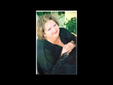 Rita MacNeil - I'll Accept The Rose