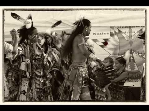 Native American Round Dance Music - YouTube