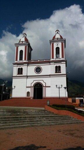 Iglesia de San Antonio tolima