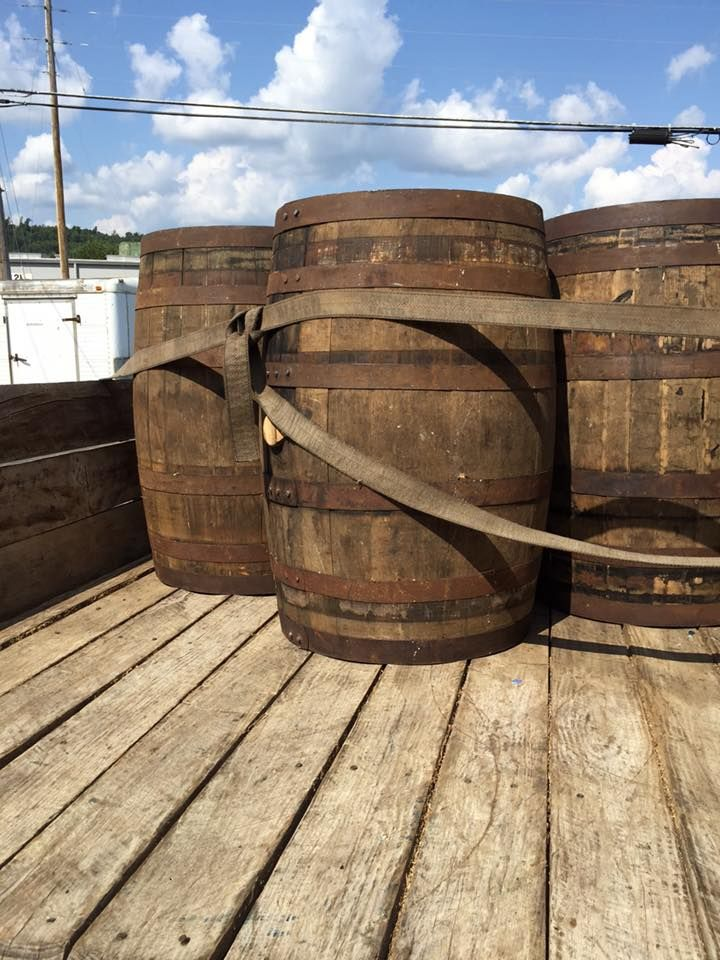 Whiskey Barrels for Sale Borden Indiana. Email maudlinbarrels@gmail.com #whiskeybarrels #DIY #whiskeybarrelfurniture #whiskeybarreldecor #louisvillekentucky #kentuckybourbonbarrels #bourbonbarrels