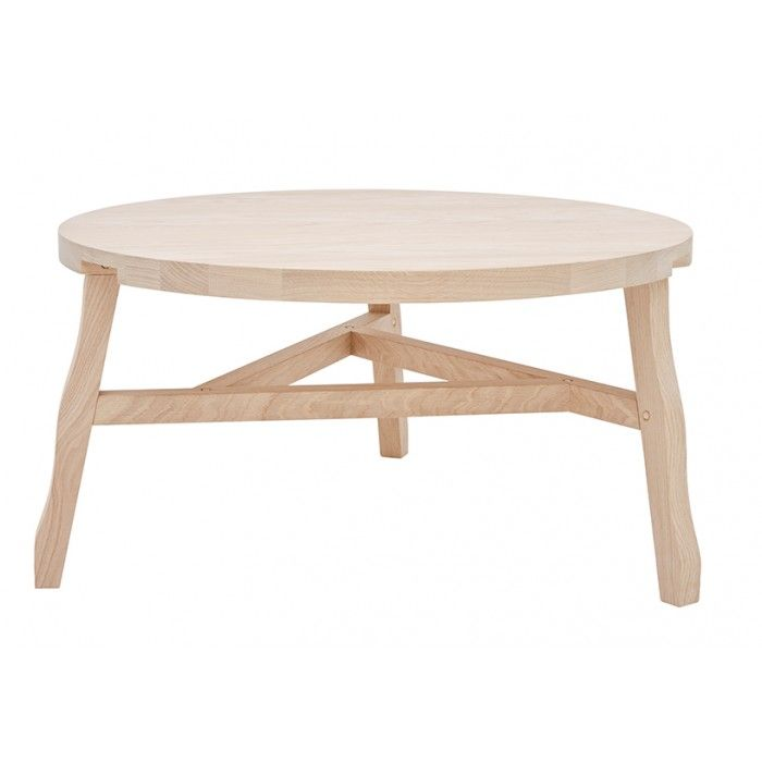 A set of chunky, waney edge oak or birch components gives the owner the satisfaction of constructing their own stool or table by hammering the joins together with wooden dowels to make a solid long lasting piece of furniture. Offcut challenges the perception of flat-pack as cheap and disposable. A simple classic to go and be used anywhere.Made from solid wood. The natural version is made from soaped oak.Hier kaufen Sie nur die Deckenbefestigung ohne Leuchten dazu. An dieser Deckenbefestigung…