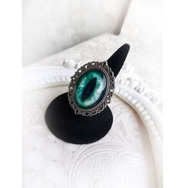 Green Cat Eye Ring Gothic Halloween Mystic Jewelry