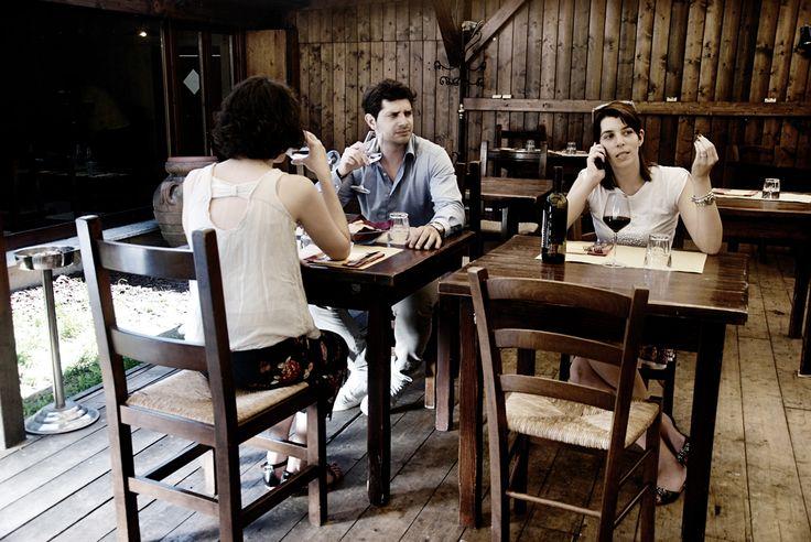 Al ristorante... il rumore di chi ti sta eccessivamente vicino