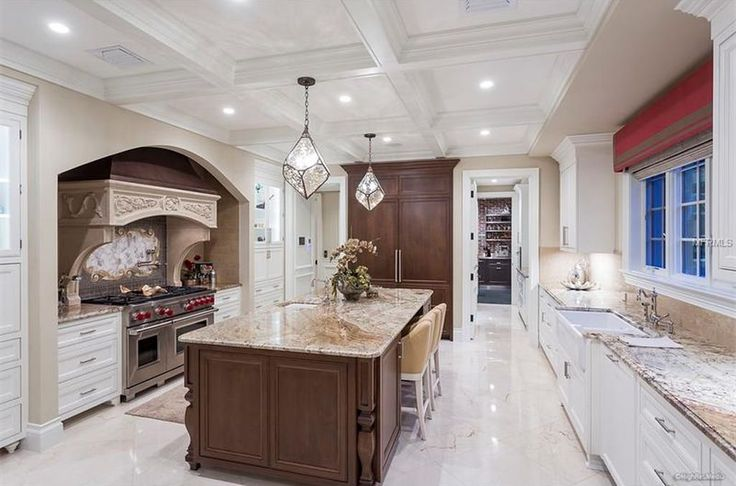 View 50 photos of this $11,600,000, 5 bed, 7.0 bath, 9149 sqft single family home located at 204 Harbor View Ln, Largo, FL 33770 built in 2016. MLS # T2881617.