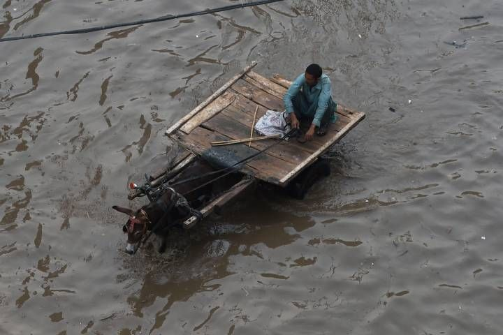 07/30/2016 - Wedding party washed away by flash floods in Pakistan