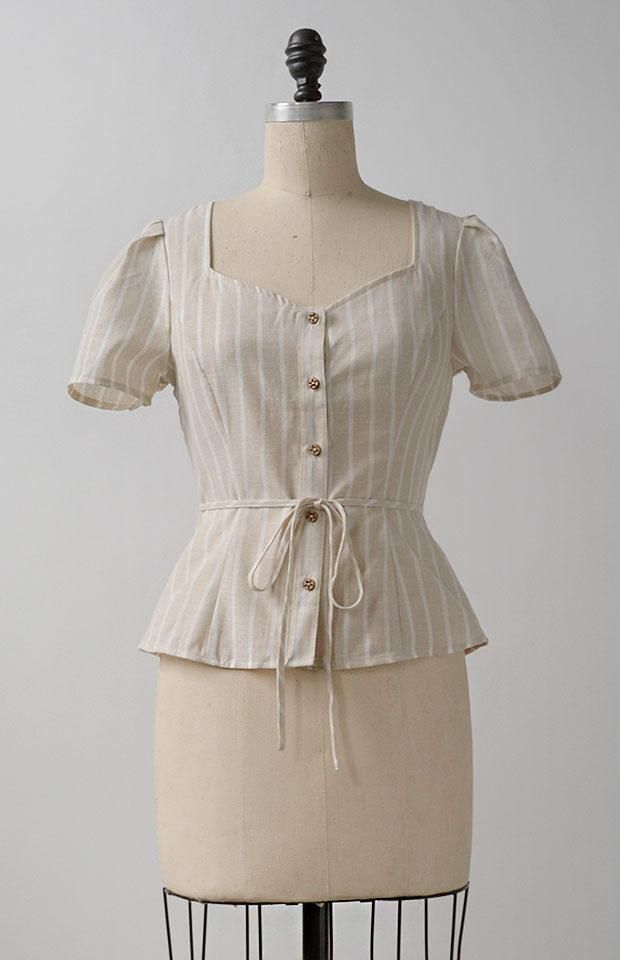 Vintage Inspired Blouse / Feminine Romantic Tops / Stratford Upon Avon Top