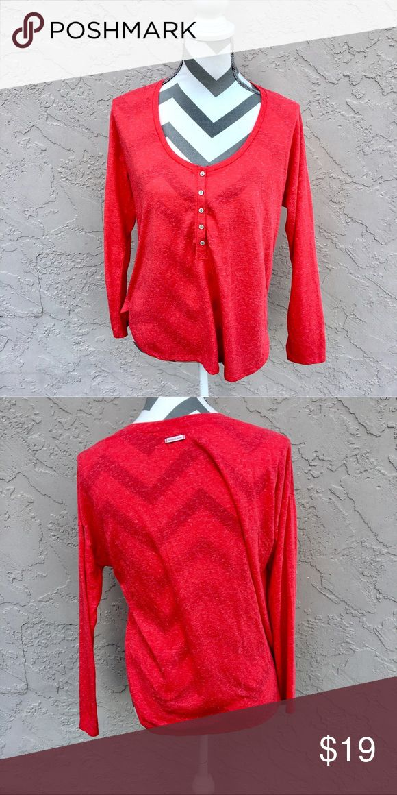 Victoria Secret Red Long Sleeve Top Victoria Secret brand size small red with speckles of white throughout long sleeve top with crew neck. Bust is 42 inches length is 22.5 inches. 85% polyester. 15% flax. In excellent condition. Victoria's Secret Tops Tees - Long Sleeve