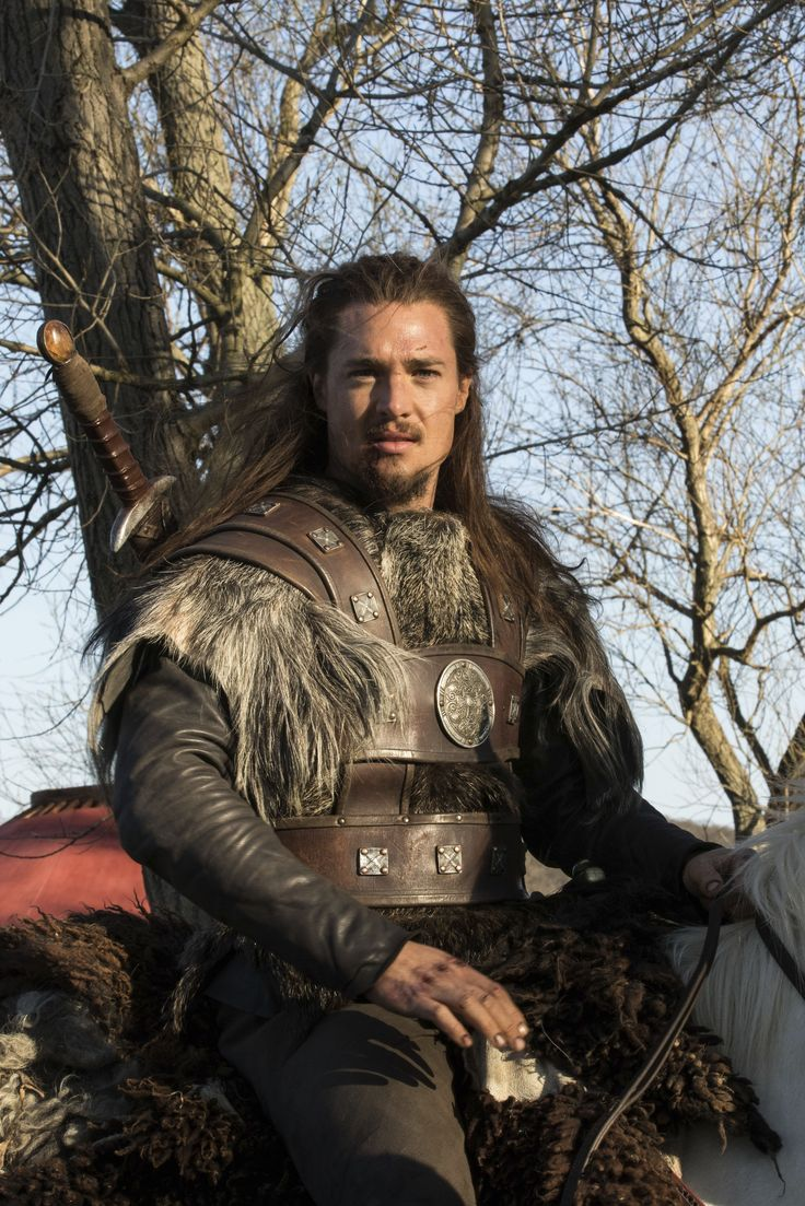 Uhtred of Bebbanburg - Alexander Dreymon. Where does the costume department set up shop? Don't we all want our men to look like this (while drawing something on the whiteboard or selling us a vacuum cleaner )?