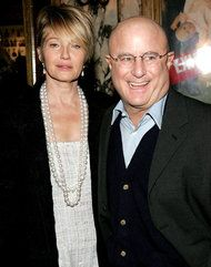 Love the big pearl strands. Ellen Barkin with Ronald Perelman.