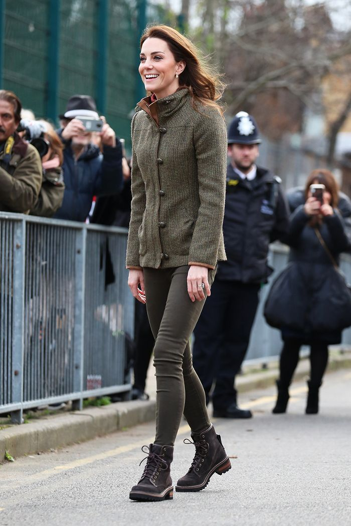 c8d33e77 Kate Middleton Just Wore 2019's Biggest Ankle Boot Trend With Jeggings