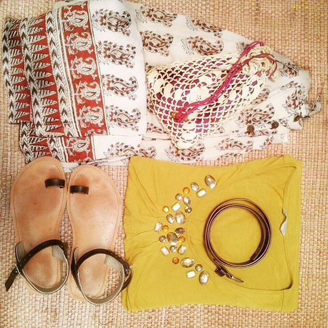 Another perfect pairing for the summer !! Paisley Printed skirt with an embellished yellow top and some basic brown sandals and belt with a cute little seashell #crochet potli #ootd #stayfabulous #fusion #instafab #instalove #instadaily #instalike #instagood #pairing #yourindiastore #wouldyouwearthis #outfitidea #instamood #instafeed #wardrobesolution #yis #summerootd #instafahion #instatrend#onfleek#indianchic #instaoutfit #outfitoftheday