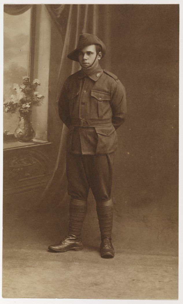 .@ABCNews24 Nov 11 Over 1,000 Indigenous Australians served in #WW1 despite being unable to vote #RemembranceDay Pic: @statelibrarynsw