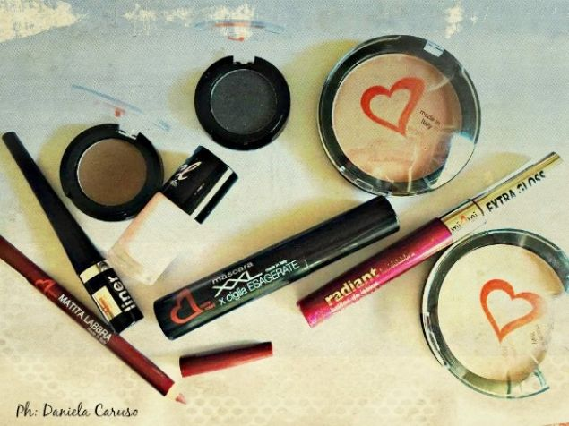 Cuore Rosso Make Up, terra, smalto, blush, matita labbra, gloss, ombretti, mascara, eyeliner (REVIEW)