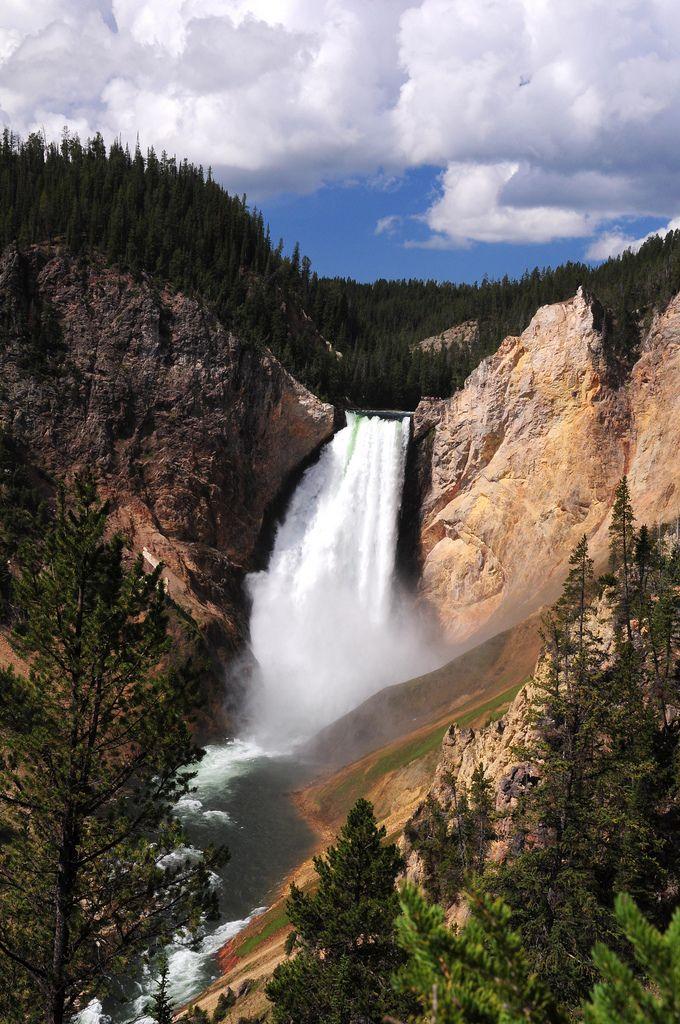 https://flic.kr/p/pbs8p2 | Yellowstone Falls