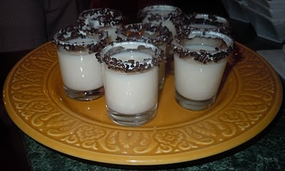Cake Batter Martini Shots http://partywithleah.blogspot.ca/2011/09 ...