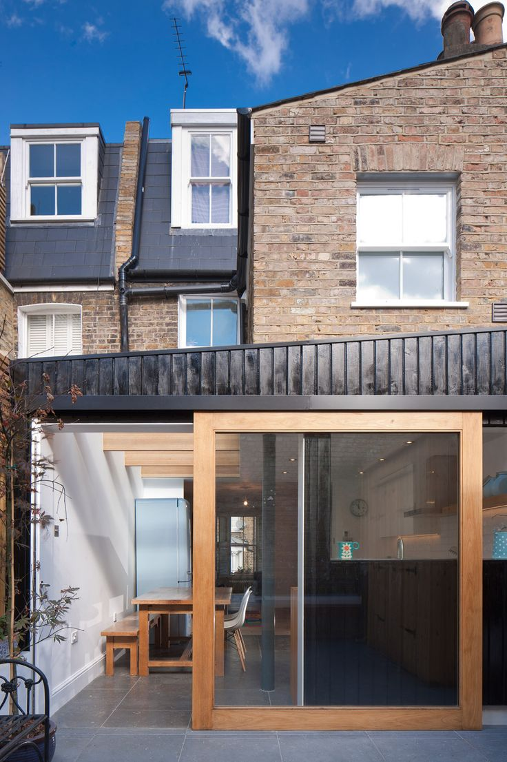 North London house extension by Denizen Works creates a light-filled family kitchen