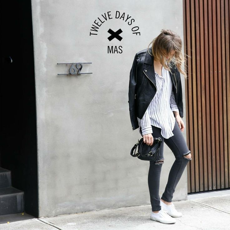 #leatherjacket #leather #jacket #basics #wardrobestaples #styling #style #personalstyling #elishacasagrande
