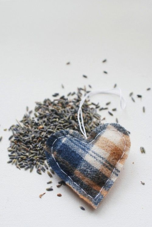 Diy car air fresheners as gifts: Cut a cute shape from felt, and add some scented oil, or sew a sachet and fill with lavender