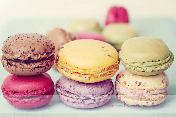 Macarons - Taste the rainbow