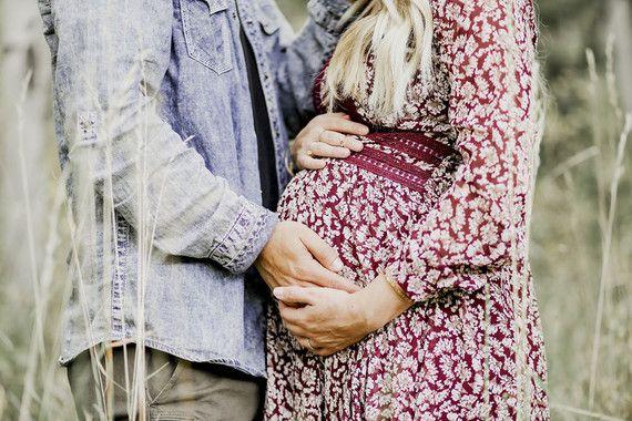 Boho rustic maternity photos