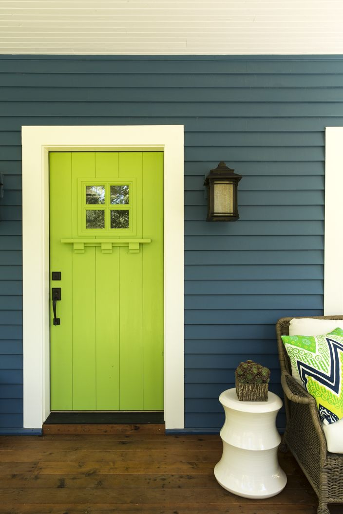 Welcome to the TOH Cottage at Cloudland Station! Before you step inside, note the custom Craftsman-style door we painted a bold Asparagus green by Olympic. The siding is James Hardie Artisan painted in Chinese Porcelain, also by Olympic. Remember to continue to refresh the page to see photos we're uploading every minute. Photo: Deborah Whitlaw Llewellyn