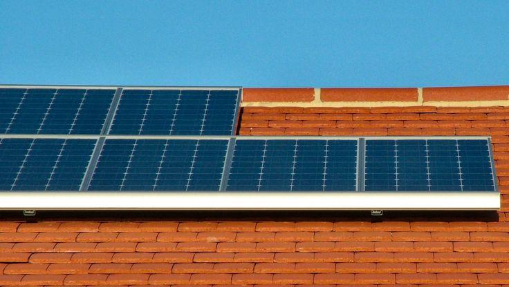 Novo regime entrou em vigor. A partir de agora, quem produza eletricidade deixa de estar obrigado a vender a rede na totalidade.