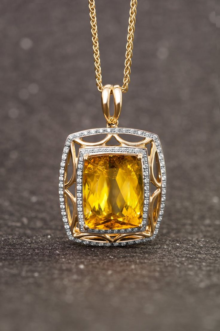Les plus beaux bijoux sertis de pierres jaunes véritables et pas chers chez Juwelo