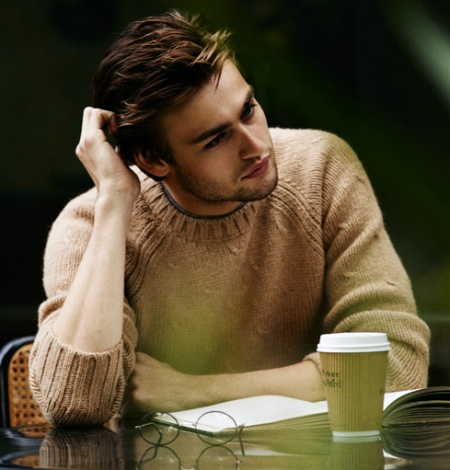 Douglas Booth  ~ how can someone so young be so sexy??!! sigh