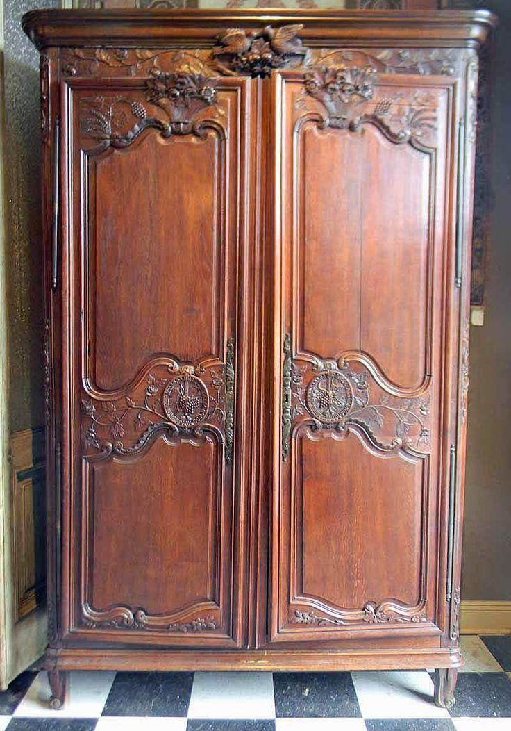 ARM018 Provincial Oak Armoir Oak, Antique furniture
