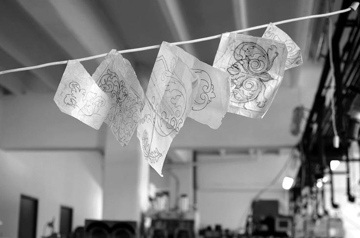 #pattern #traditional #floral #drawings #studio #iutta